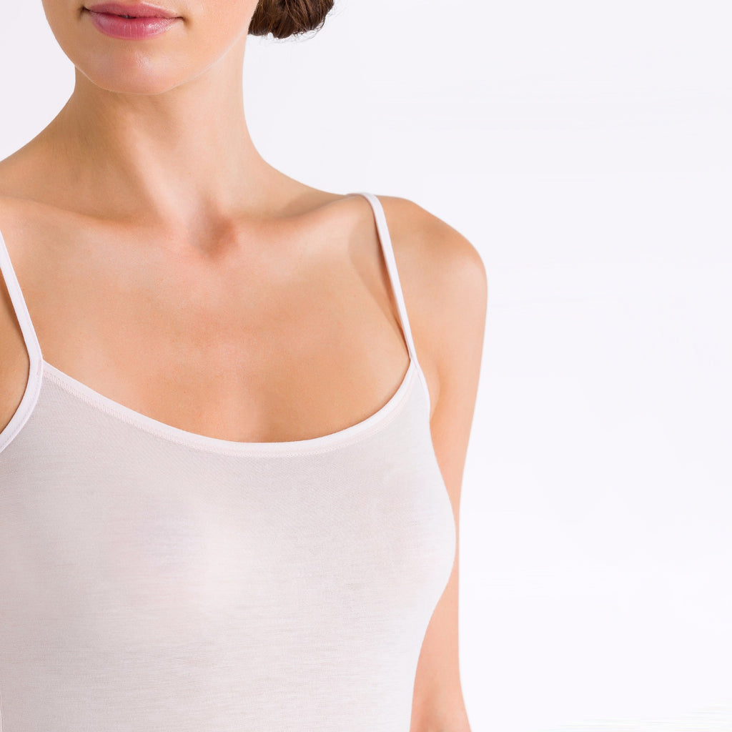 Ultralight spaghetti top detail, White