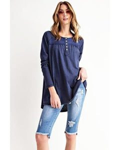 Easel Long Sleeve Knit Loose FIT Henly Top in Navy