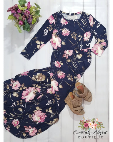 Opposites Attract Swept Floral and Navy Maxi Dress with 3/4 Sleeves with Pockets - Essentially Elegant