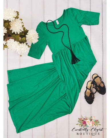 Keeping It Chic Half Sleeve Round Neck Maxi Dress with Pockets in Kelly Green - Essentially Elegant