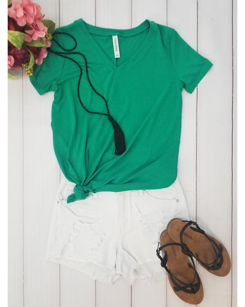 Keeping It Comfortable Relaxed Fit Short Sleeve V-Neck T-Shirt Top in Kelly Green - Essentially Elegant