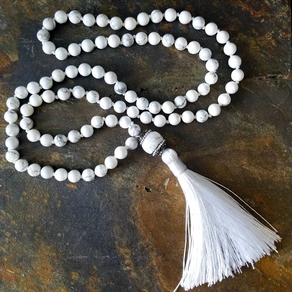 White Howlite Beaded Fashion Statement Necklace with White Silk Tassel