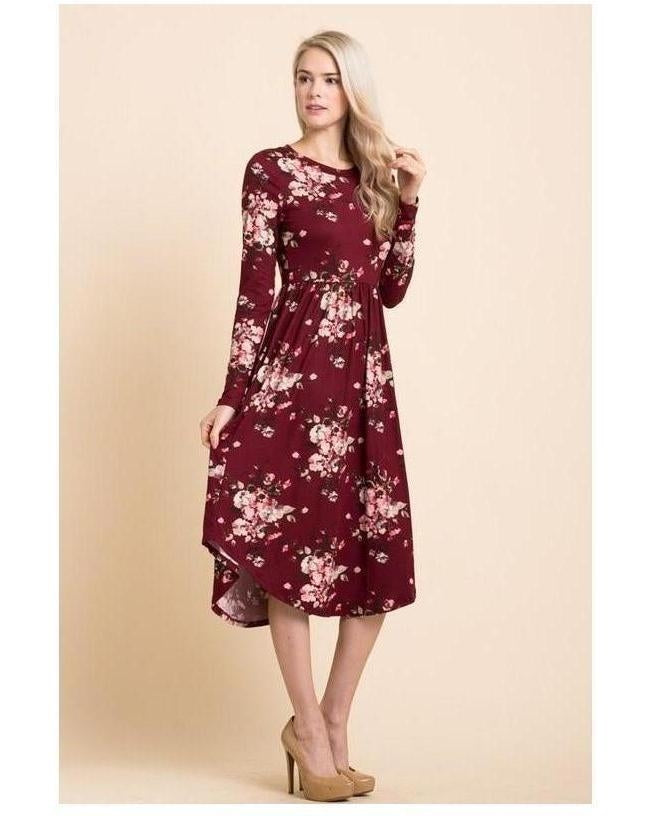 Moonlite Path Floral Print Midi Dress with Round Hem and Pockets in Wine - Essentially Elegant