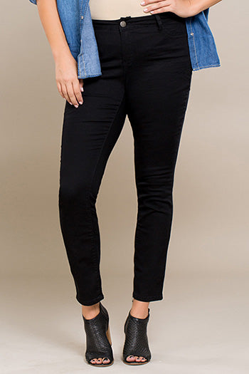 YMI - Royalty For Me Women's Basic Skinny Jeans - Black - Plus Size - Essentially Elegant