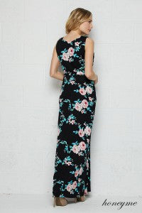 Time To Escape Floral and Black Sleeveless Maxi Dress with Pockets - Essentially Elegant