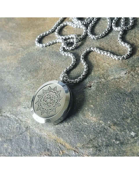 EE Exclusive **Mandala** 25mm Silver 316L Stainless Steel Essential Oil Aromatherapy Locket Diffuser Sacred Geometry Pendant Necklace S019 - Essentially Elegant
