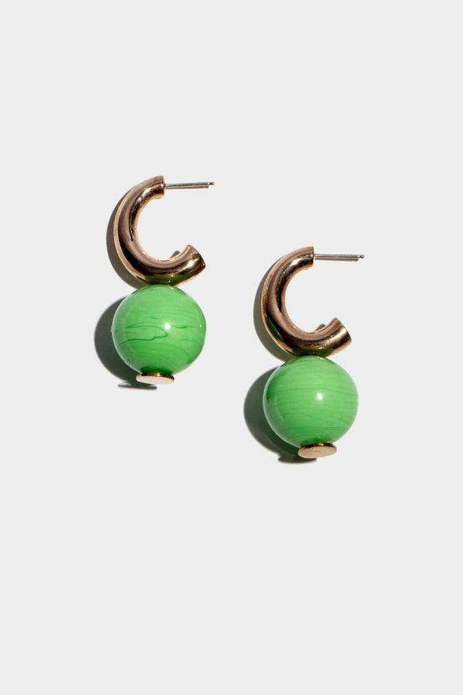 C-CURVE HOOP EARRINGS | PEA GREEN