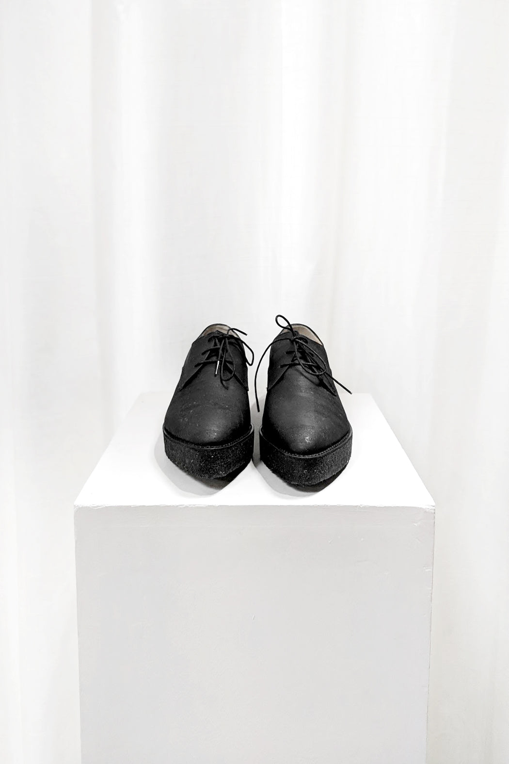Crepe Derby Oxford // Black | Hazel & Rose