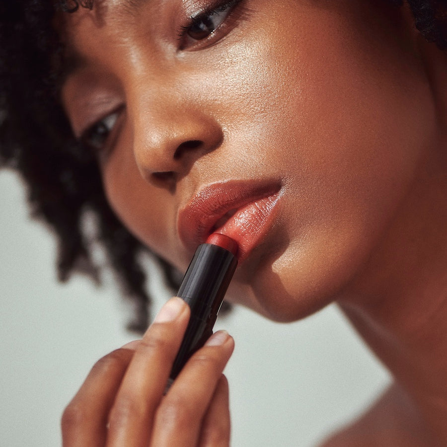 Henne Organics | Luxury Lip Tint // Intrigue | Minneapolis