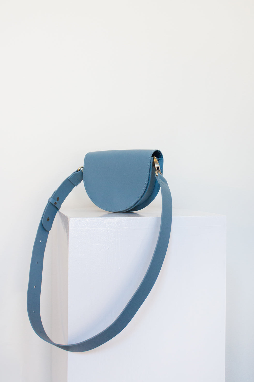 Vere Verto Leather Goods | Luna Sky | Hazel & Rose