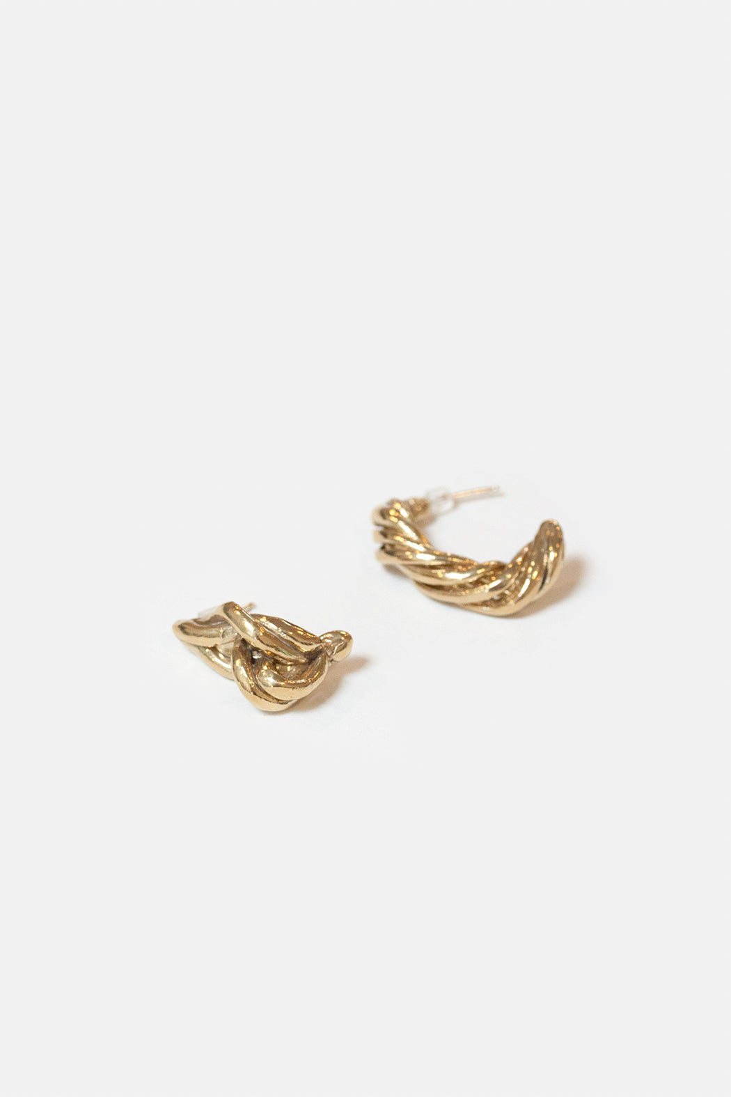 Eyde | Gal | Brass Mismatched Twist Earrings | Hazel & Rose | Minneapolis
