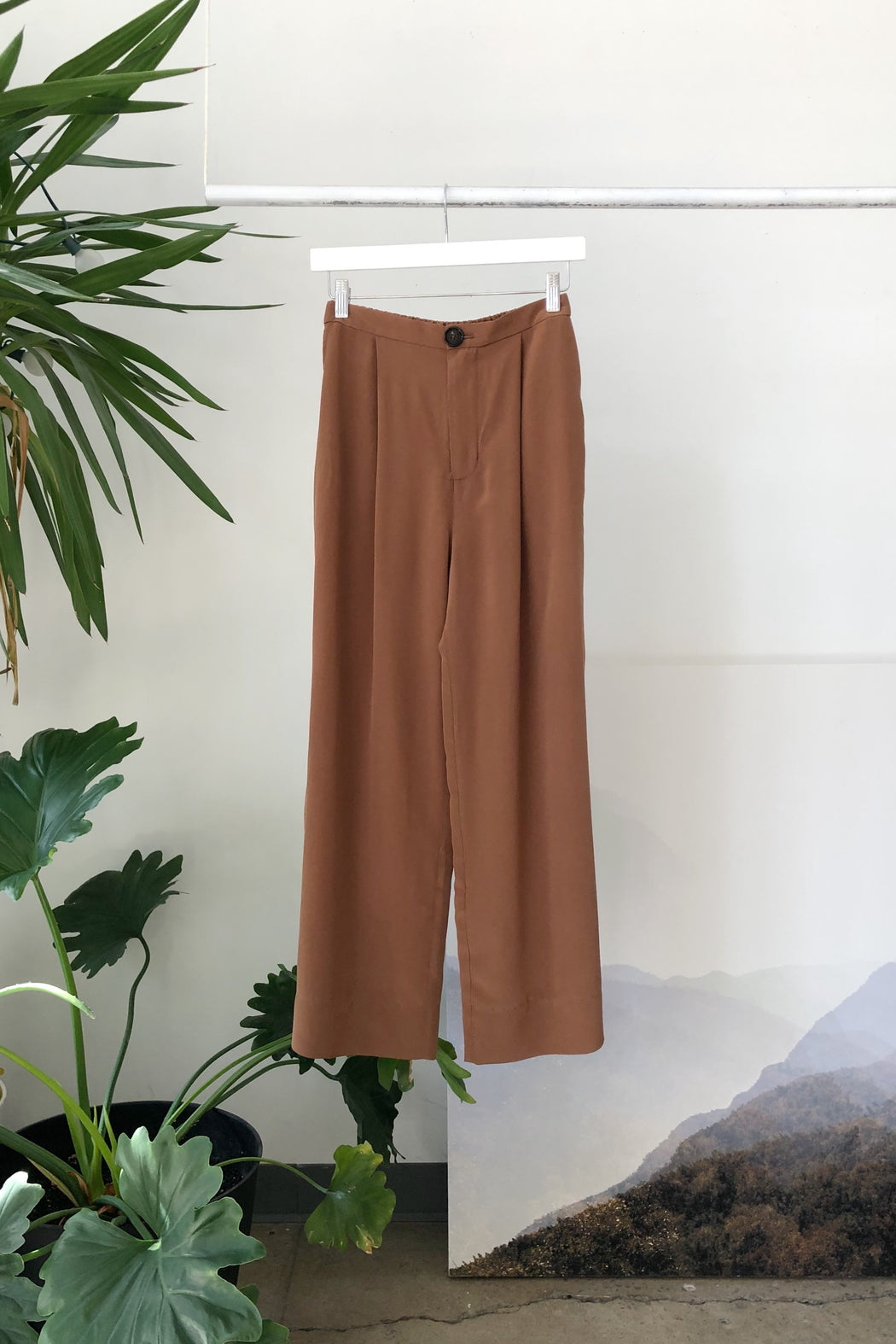 Floria Pant | Coffee Silk