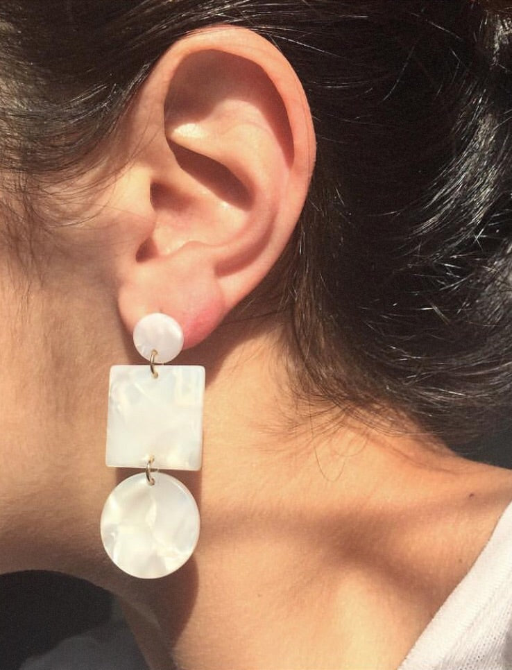 Sundara Mar Cellulose Earrings | Totem Earrings | Ivory | Hazel & Rose