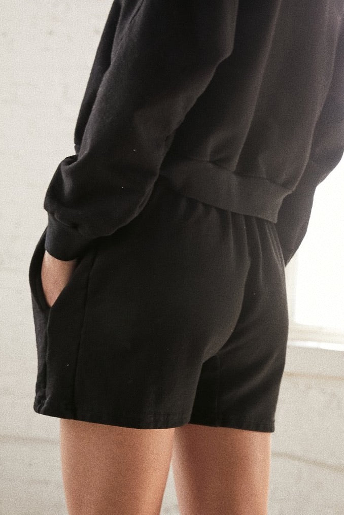 Easy Shorts | Black