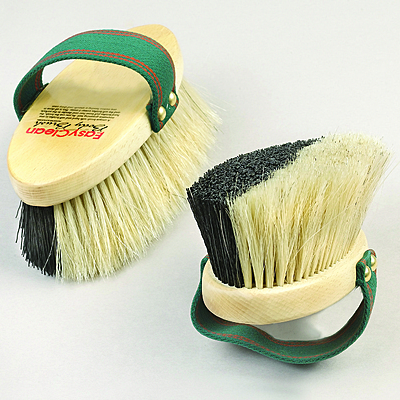 easy clean body brush