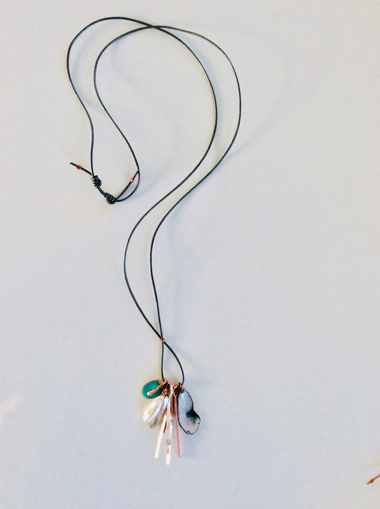 "Enamel Shell ""Wanderer"" necklace"