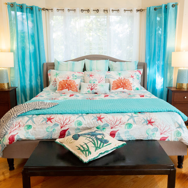 "Lost Paradise Queen Comforter Set, 88"" X 94"""