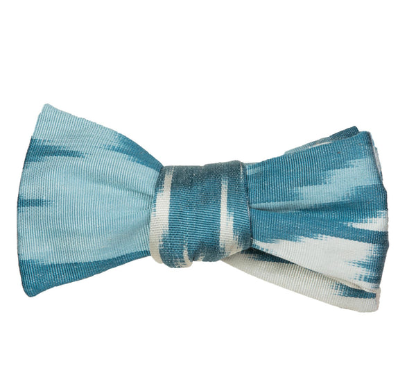 """Lucia"" Bow Tie in Silk Ikat - Light Blues and Ivory"