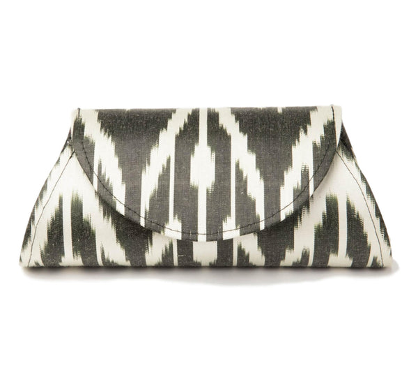 """La Reine"" Silk Ikat Hard Shell Clutch, Small in Black and Ivory"