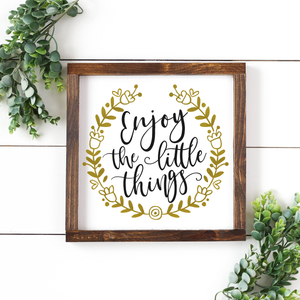 Framed DIY Farmhouse Signs