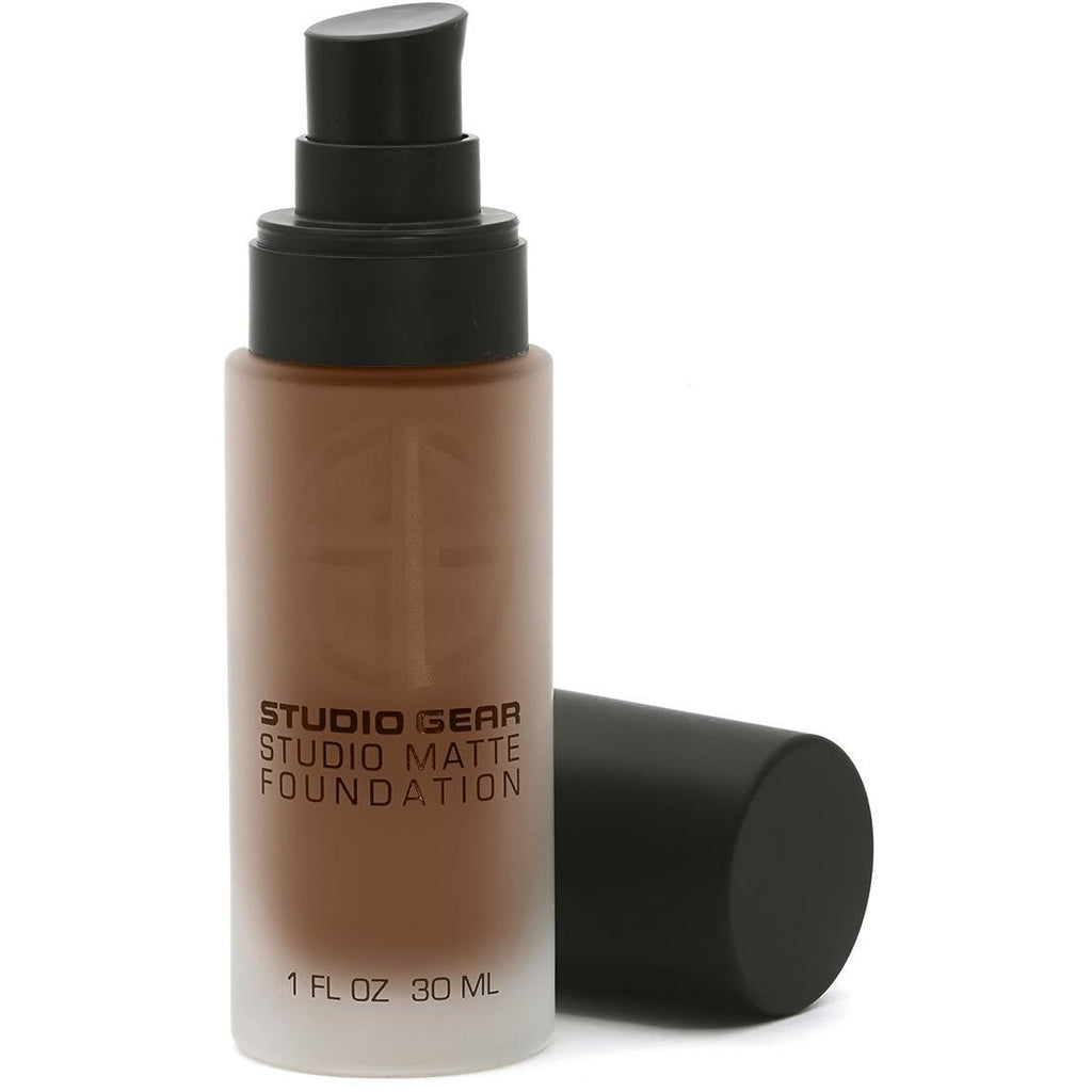 STUDIO MATTE FOUNDATION HAZELNUT, Foundation from Studio Gear Cosmetics