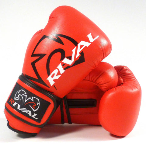 Rival Classic Boxing Sparring Gloves - Angle 2