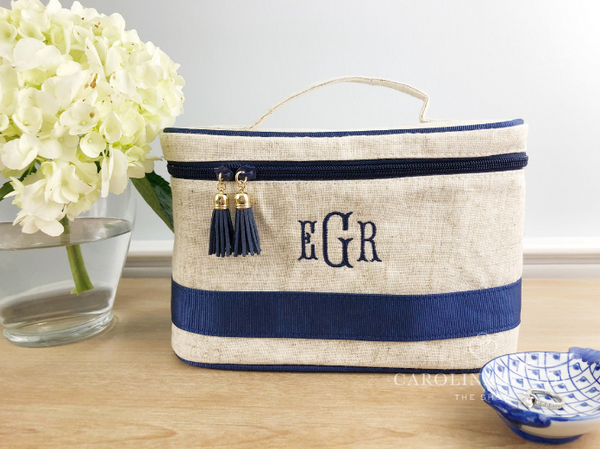 monogrammed linen train case for bridesmaids