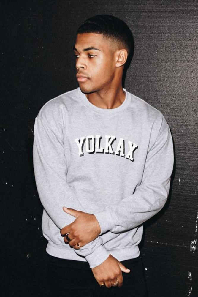 College Oversize Sweatshirt - Yolkax Clothing Sweatshirts & Hoodies, Yolkax, Yolkax Clothing