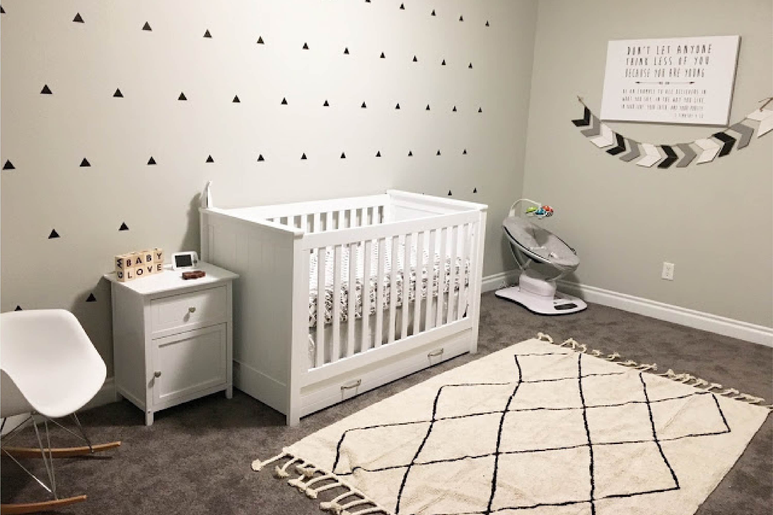 Davinci Baby Asher 3-in-1 Convertible Crib in White