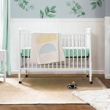 DaVinci Baby Jenny Lind 3-in-1 Convertible Crib