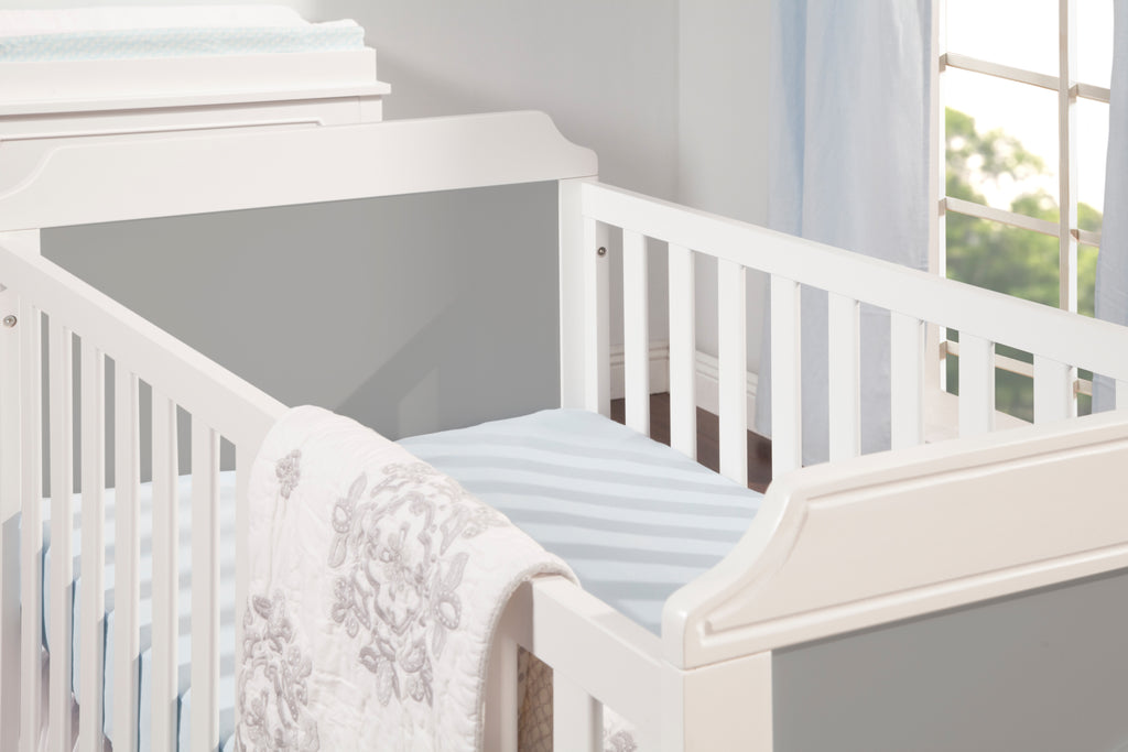 M11401GW,Poppy Regency 3-in-1 Convertible Crib In Grey and White