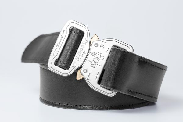 Women's Belts And Other Add-Ons For Your Pants