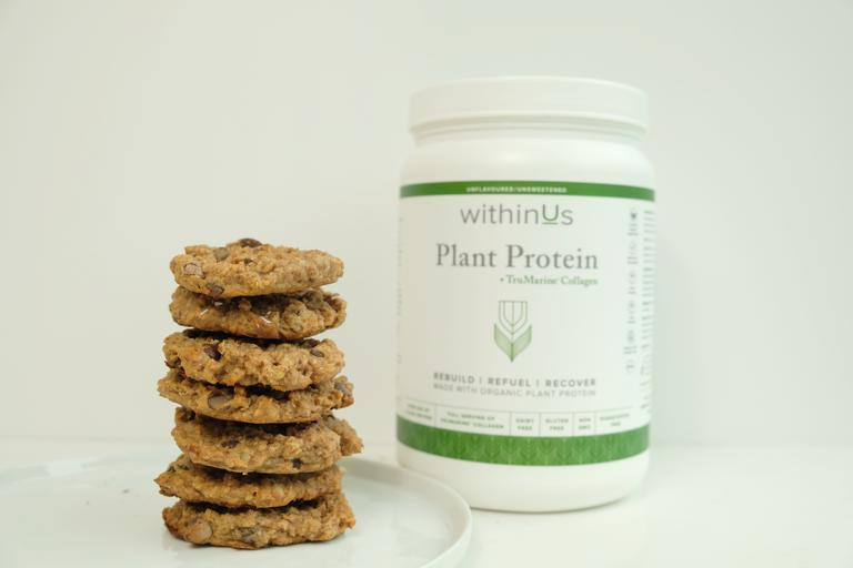 COLLAGEN POWERED CHOCOLATE CHERRY PROTEIN COOKIE RECIPE