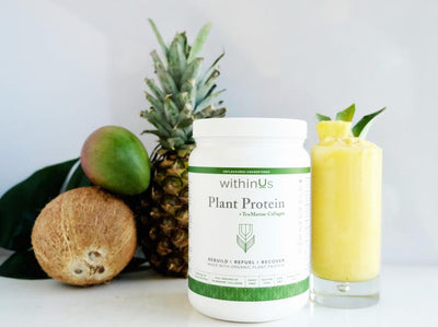 COLLAGEN POWERED TROPICAL PROTEIN SMOOTHIE