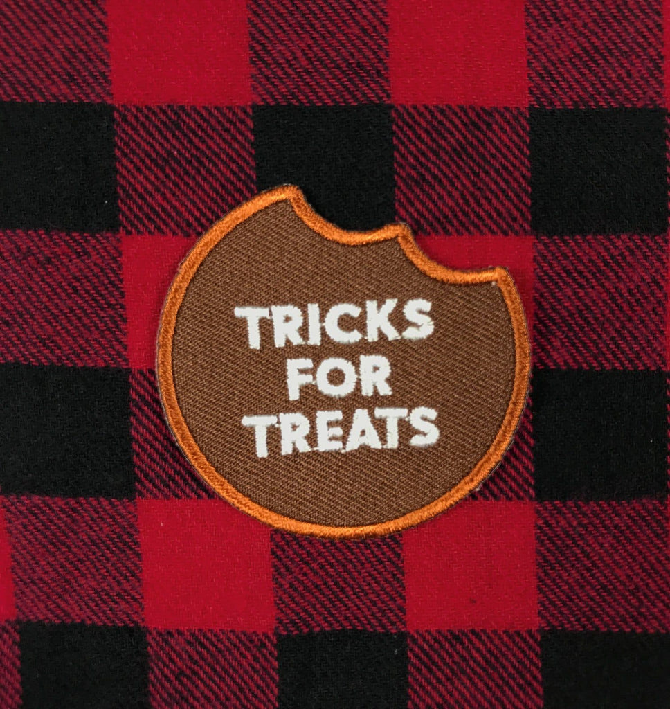 Tricks For Treats badge Woof & Wild