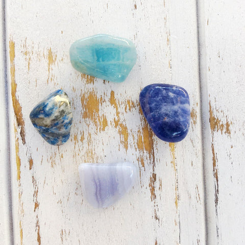 crystal healing with aquamarine