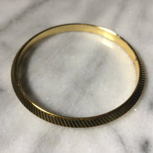 Gold Sikh Kara With Ridged Edge