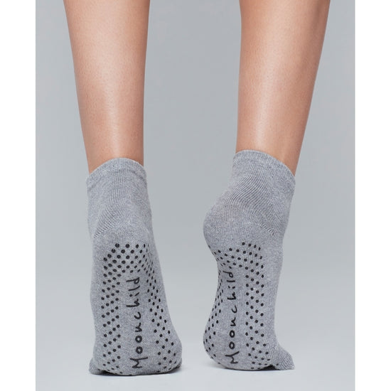 Moonchild Yoga Wear Moonchild Grip Socks - High Socks Heather Grey