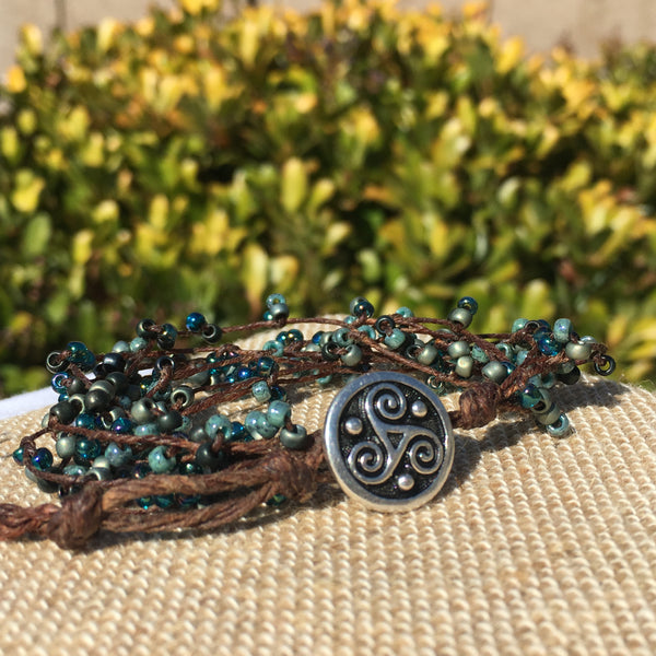 Bird's Nest Bracelet - Blues on Brown