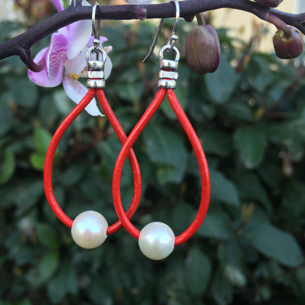 Leather Teardrop Earrings - White Pearls on Red Leather #2