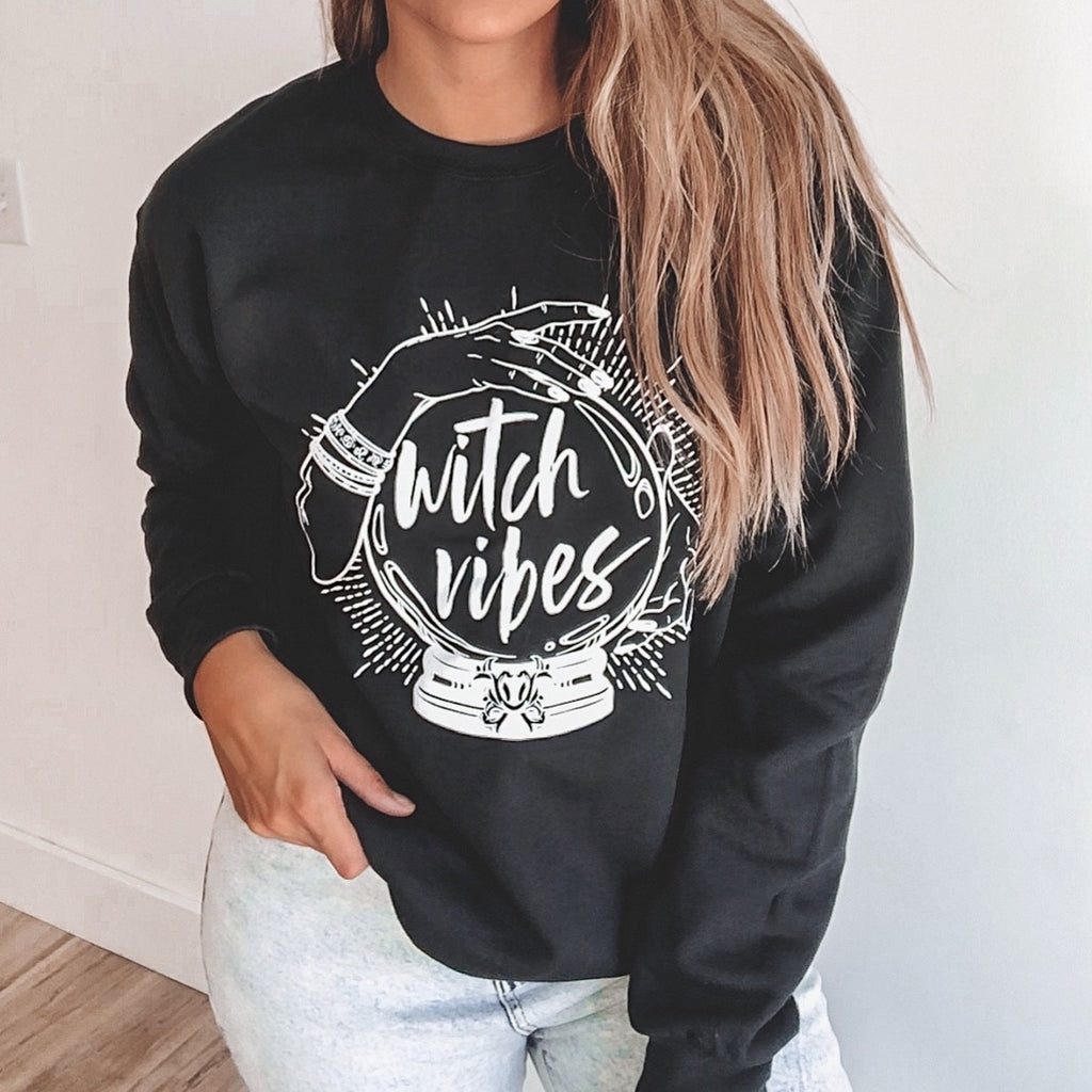 Witch Vibes • Pullover