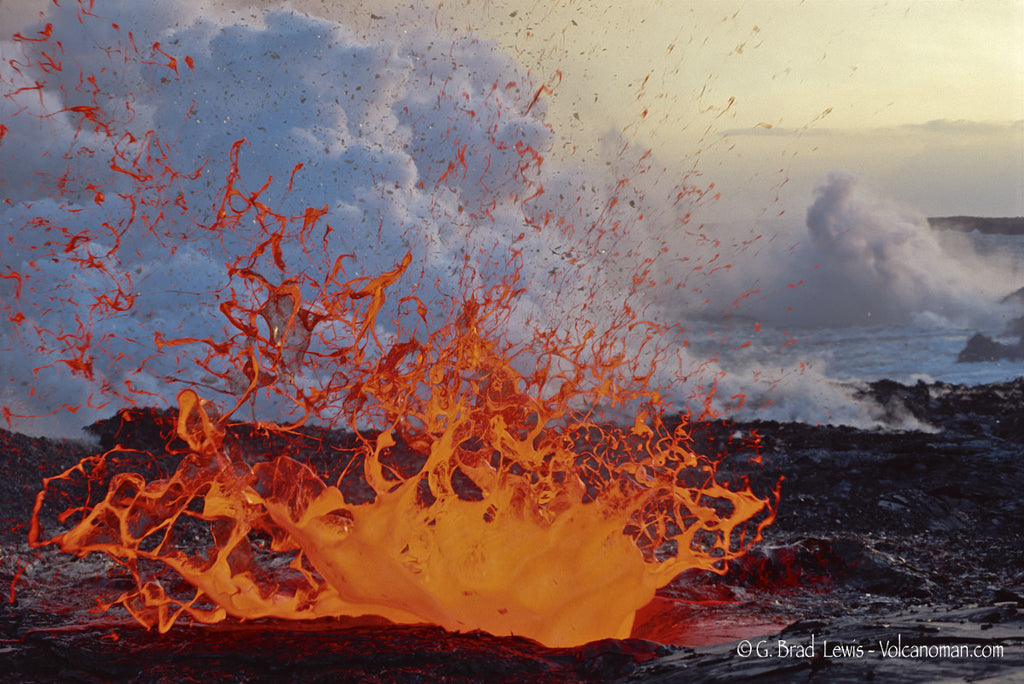 Limo o Pele lava flow lava Splash Explosion Big Isand-Hawaiipictures.com