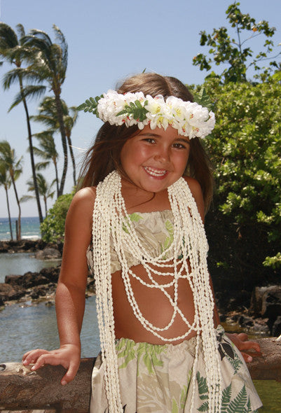 Little Girl With Haku And Shell Lei