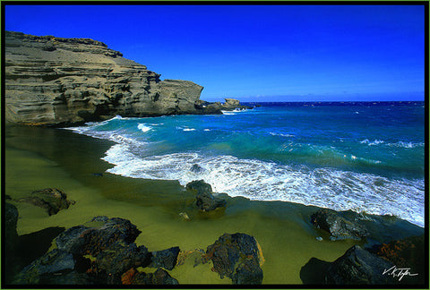 Green Sand Beach Papakōlea Beach South Point Big Island-Hawaiipictures.com