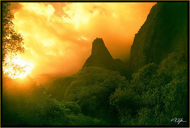 Iao Needle Sunset Wailuku Maui-Hawaiipictures.com