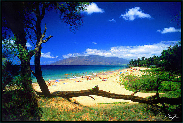 Kamaole Beach in Kihei  with West Maui Mountains Maui- Hawaiipictures.com