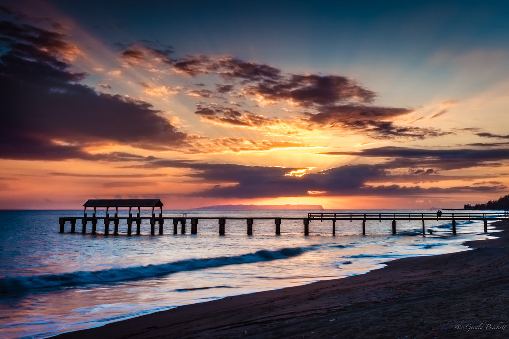 Sunset at Waimea Pier Kauai - Hawaiipictures.com