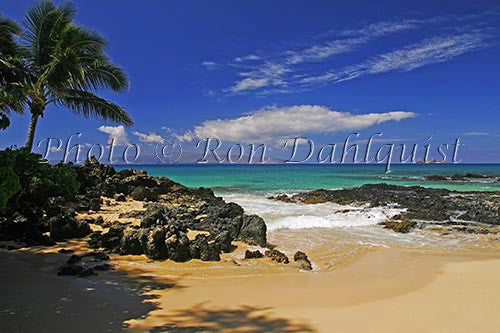 Secret beach, Makena, Maui, Hawaii Picture - Hawaiipictures.com
