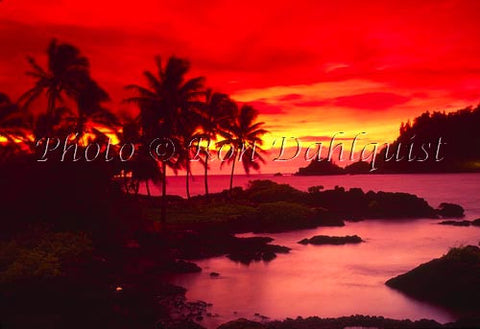 Sunrise on Hana Bay, Maui, Hawaii - Hawaiipictures.com