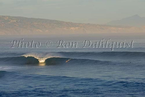 Breaking wave at Ho'okipa, early morning, Maui, Hawaii - Hawaiipictures.com